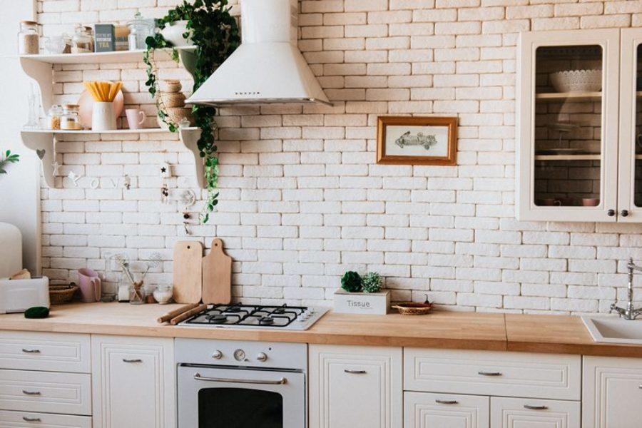 Czym usunąć nieprzyjemne zapachy w domu